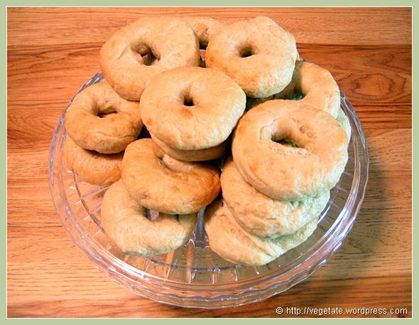 Homemade Bagels - From Vegetate, Vegan Cooking & Food Blog
