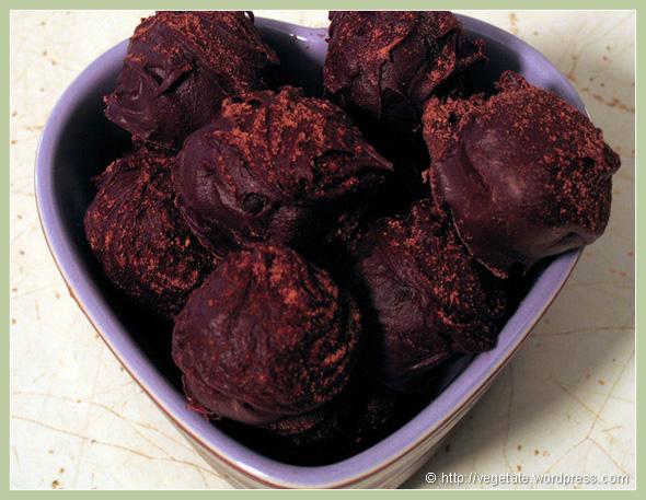 Chocolate Cherry Truffles - From Vegetate, Vegan Cooking & Food Blog