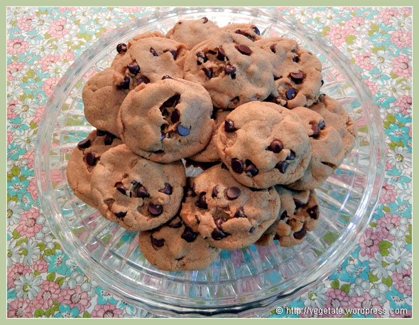 Kelly's Chocolate Chip Cookies ~ From Vegetate, Vegan Cooking & Food Blog