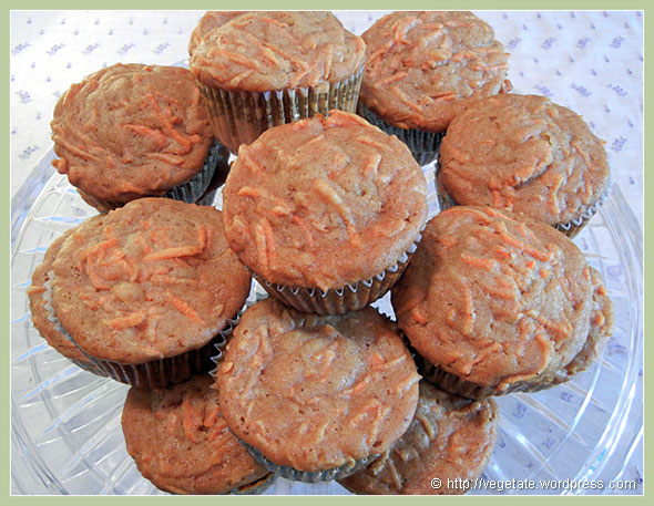 Carrot Muffins ~ From vegetate, Vegan Cooking & Food Blog