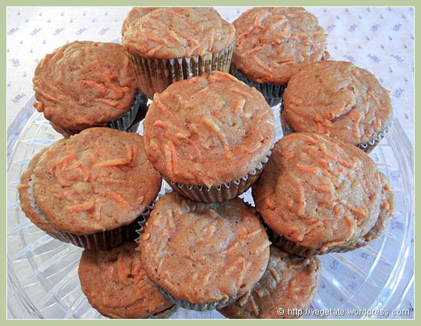 Carrot Muffins ~ From vegetate, Vegan Cooking & Food Blog