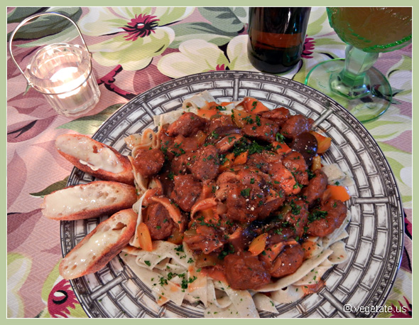 Beer-Simmered Seitan Stroganoff w/cracked Pepper ~ From Vegetate, Vegan Cooking & Food Blog